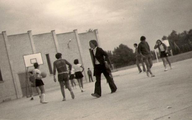1970 Partit basquet xics xiques2