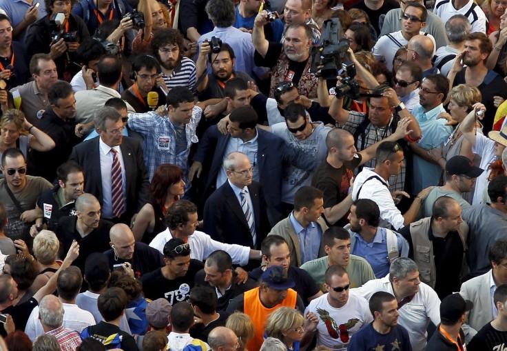 Montilla tiene que abandonar la manifestación JUL10